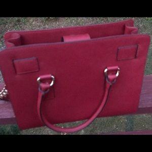 Michael Kors Bags - Micheal Kors Hamilton Handbag